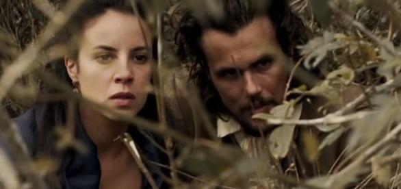 Joaquina e Xavier dão um golpe em Rubião