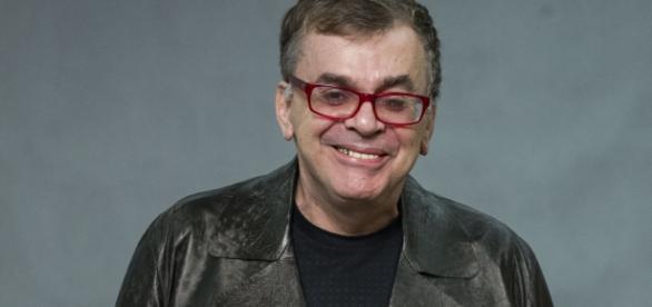 """O autor Walcyr Carrasco responde a colunista da Globo: """"Preconceituosa!"""""""