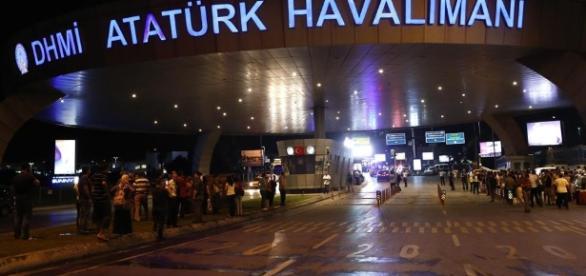 36 muertos y 147 heridos en atentado suicida en Turquía - notitarde.com