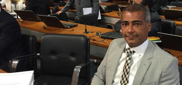 Romário mostra insatisfação em relação ao governo Temer. Foto: Facebook