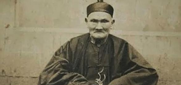 Um dos homens mais velhos do mundo teria vivido 256 anos.