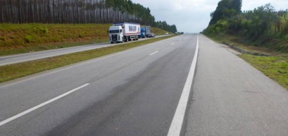 No momento do acidente, o ônibus transportava cerca de 45 passageiros