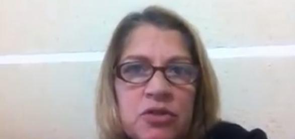 """em vídeo, Tássia pede doações de alimentos para Dilma e diz: """"fora temer""""."""