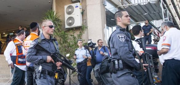 Los autores han sido detenidos y desarmados