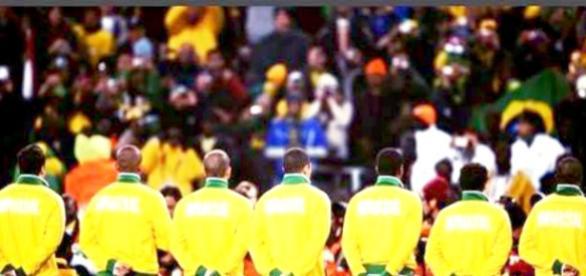 Pesquisa mostra que a maioria dos torcedores brasileiros perdeu o interesse pela Seleção