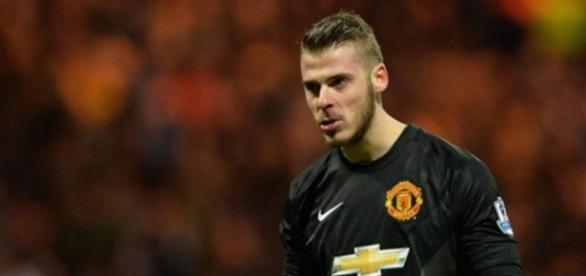 El jugador niega que vaya a abandonar la Selección concentrada en la Eurocopa