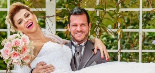 Foto do casal em momento descontraído