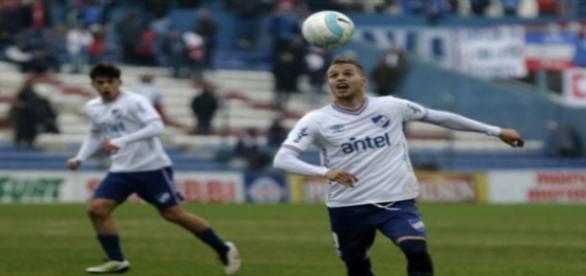 Nicolás López estaria acertado com o Inter