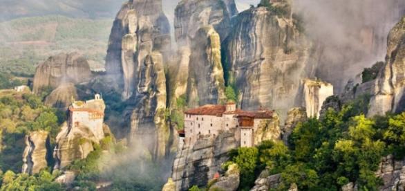 Alguns dos mosteiros de Metéora na Grécia