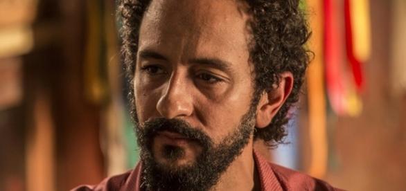 Bento vira alvo de Carlos (Divulgação/Globo)