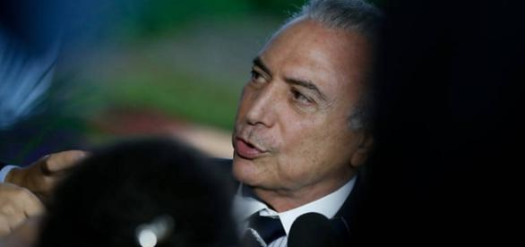 Michel Temer, do PMDB, pode renunciar, alerta vidente
