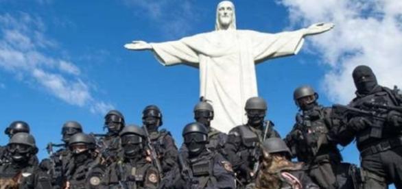 Militares são chamados para ajudar cariocas