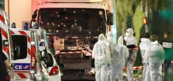 Atacurile teroriste de la Nisa ar putea fi o operațiune steag fals