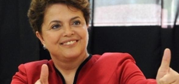 Dilma campanha online para viagens