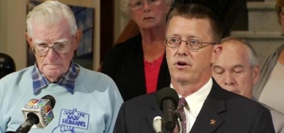 Grupo conservadorista quer fazer da homosexualidade um crime