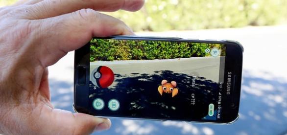 Pokémon Go eleva a fasquia da realidade virtual ao introduzir pokémons no nosso mundo.