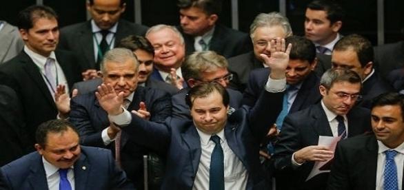 Comemoração da vitória de Rodrigo Maia que assume o lugar de Eduardo Cunha, na Presidência da Câmara dos Deputados