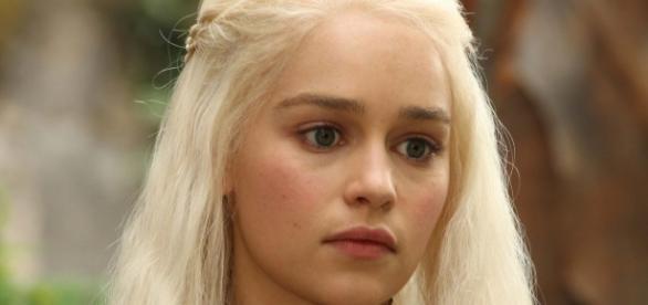 Emilia Clarke já foi diagnosticada com aneurisma cerebral