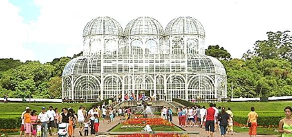 Jardim Botânico cartão postal da cidade.