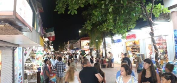 Playa del Carmen al comienzo de la temporada alta