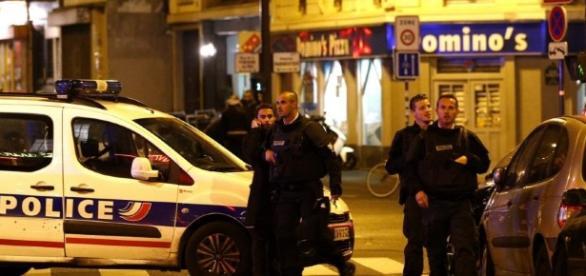 Francuska policja nie jest w stanie zwyciężyć z terrorystami