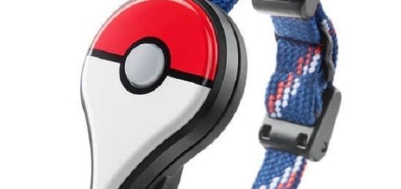 Pokemon Go Plus - Nintendo/Niantic