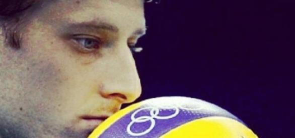 Capitão da seleção brasileira, Murilo foi cortado por lesão (FB oficial de Jaque Carvalho)