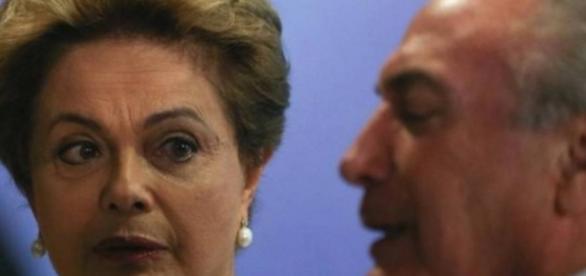 Dilma está cada vez mais sozinha na luta contra o impedimento