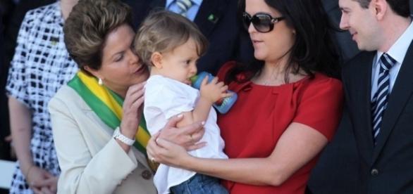 família de Dilma Rousseff tem mordomia ilegal