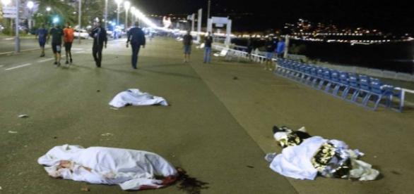 Atentado em Nice matou pelo menos 84 pessoas
