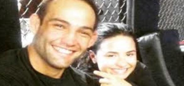 Foto de Demi Lovato e Guilherme Vasconcelos