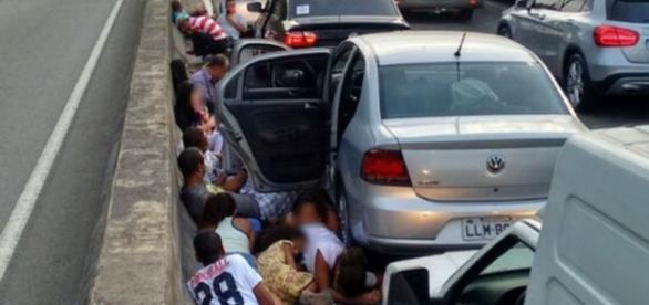 Tiroteio leva pânico ao Rio de Janeiro, mais uma vez