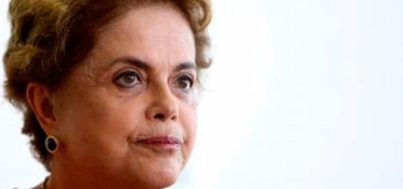 Arquivos renúncia - Jornal Correo do Brasil - com.br