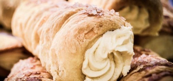 Comer mucho azúcar podría ser síntoma de exceso de cándidas en el intestino