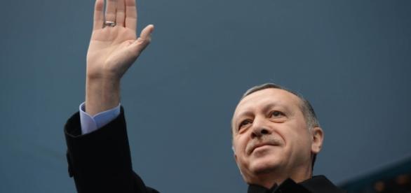 Erdogan levanta recelos en la UE tras el golpe de estado fallido.