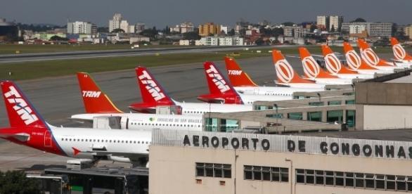 Filas enormes no Aeroporto de Congonhas.