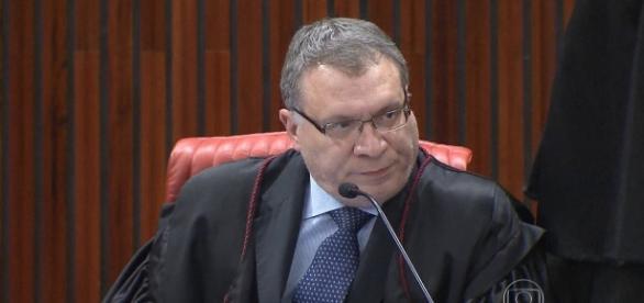 """Para Aragão, o MP deu uma """"guinada à direita"""""""