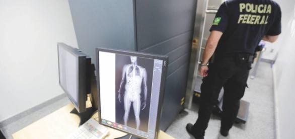 Sistema de segurança nos aeroportos brasileiros será reforçado.
