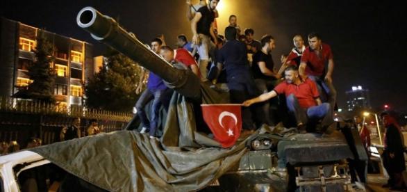 Turchia, perché il golpe è fallito | Gli occhi della guerra - occhidellaguerra.it