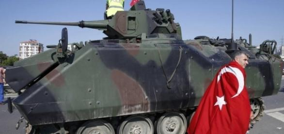 Turquia sem rumo após tentativa de golpe