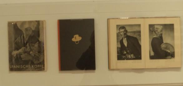 Exposición Fotos y libros España 1905 - 1977