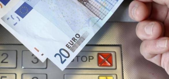 Caos en la guerra bancaria: puedes acabar pagando hasta dos ... - elconfidencial.com