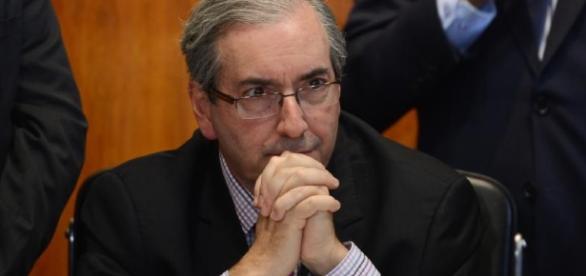 Cunha pode não ter mais um mês de mandato