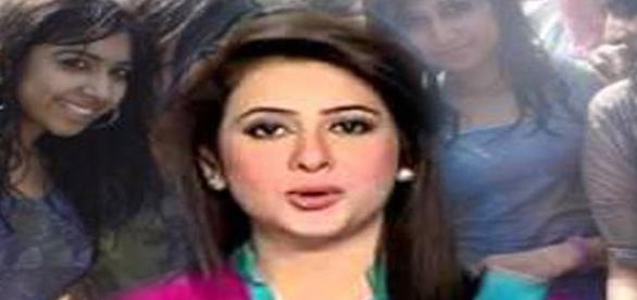 A Pakistani TV channel reporter. Image: YouTube (soured under CC free to use and modificaton law).