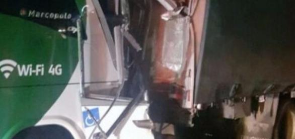 Acidente de ônibus deixa 19 feridos no interior de São Paulo