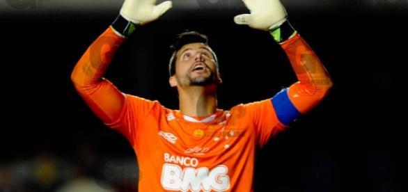 Fábio segue fazendo história no Cruzeiro