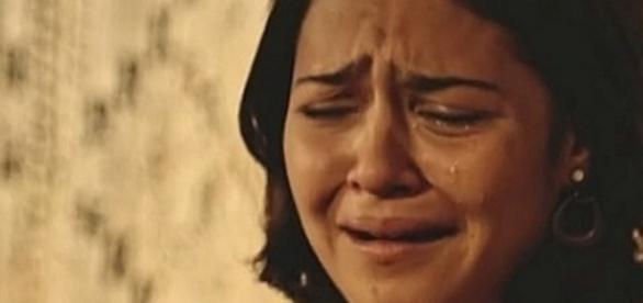 Olívia e Miguel conversam e ela chora (Divulgação/Globo)