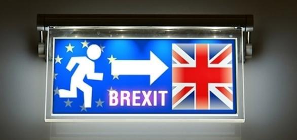 Uscire dall'Unione Europea per entrare nel Regno Unito