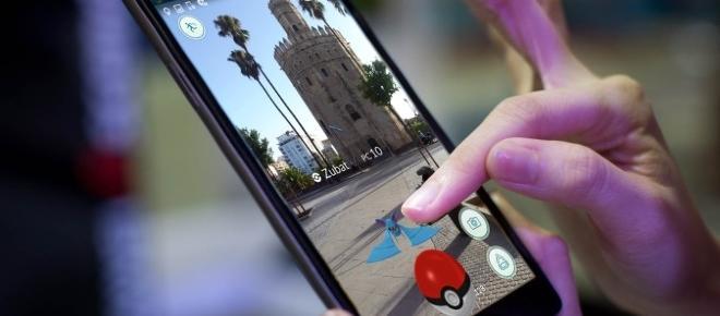 Los sevillanos se apuntan a la fiebre de Pokémon Go