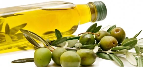 Amazing benefits of olive oil for skin and health -- Photo / creatuve commons via flickr.com